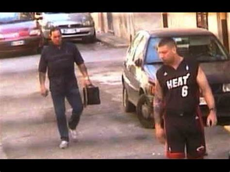 Two mobsters from Canada killed in Sicily — police video