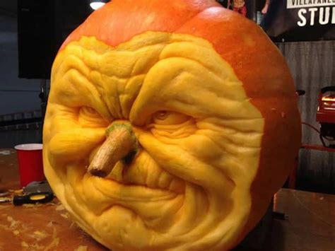 111 World`s Coolest Pumpkin Designs to Carve This Falll