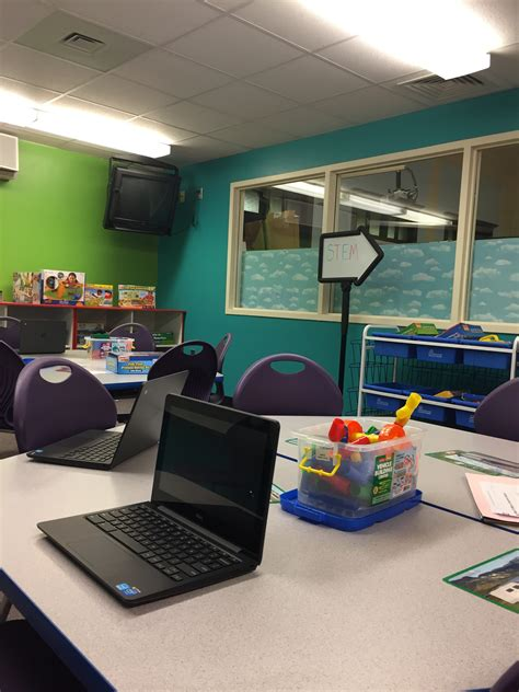 New STEM Lab Opens at Marshall School - The Village Green