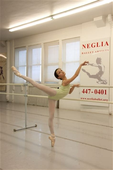 Young ballet dancer heads to international competition | WBFO