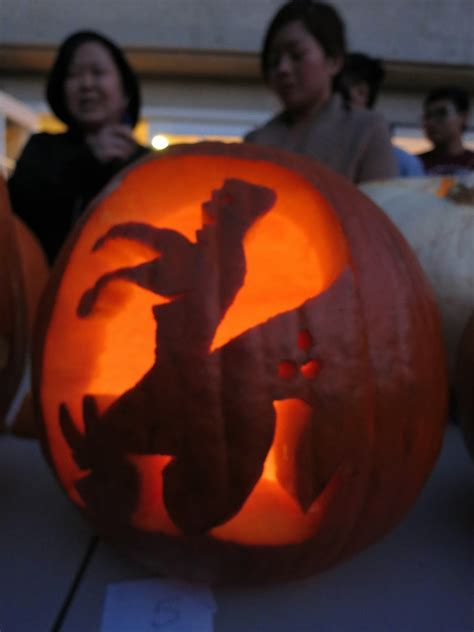 The Parker Project: 6th Annual Chu Family Pumpkin Carving